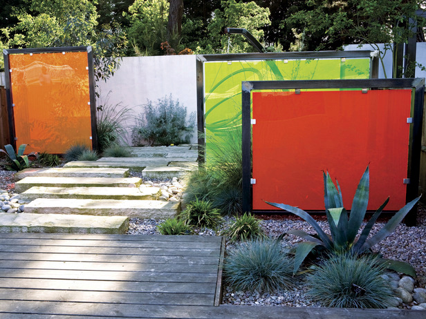 Screening fence or garden wall 102 ideas for garden for Garden screening ideas