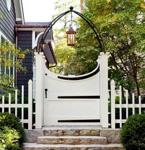 Screening fence or garden wall – 102 Ideas for Garden Design