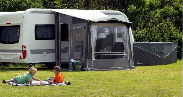 Select sunroof for caravans - Types and useful tips