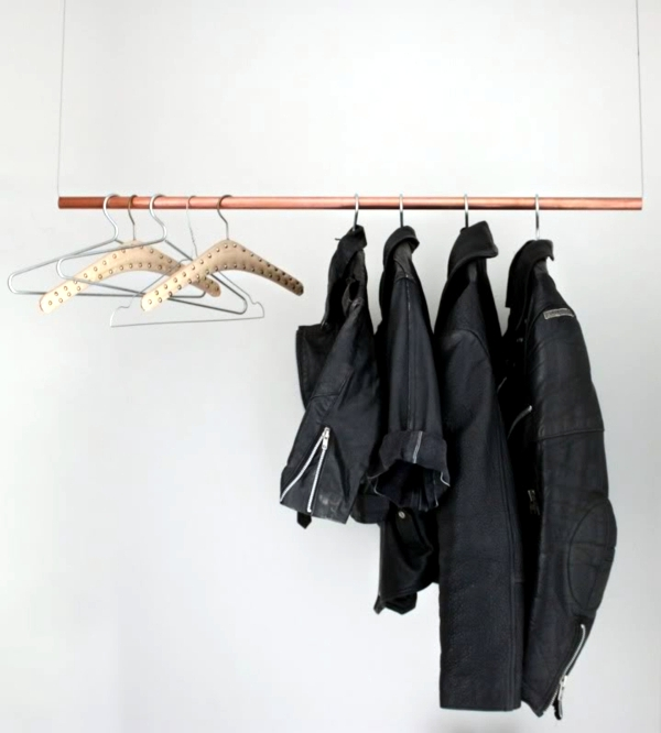 Self-Assembled clothes rack successfully replace the wardrobe