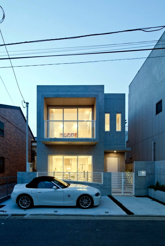 Set up a modern home in Tokyo by the Zen Philosophy