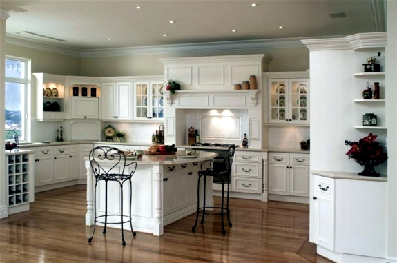 However, Belong To The Classic Kitchen Cabinets With 2 Blades Handle Kitchen,  Architectural Elements Such As Carved Pillars, As Well As Curtains And  Blinds.
