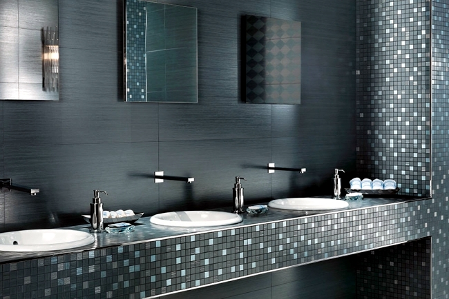 Shiny bathroom tile by Atlas Concorde - Italian elegance in the bathroom
