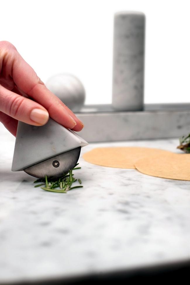 Simple designer kitchen utensils set made of marble Studio Lievito