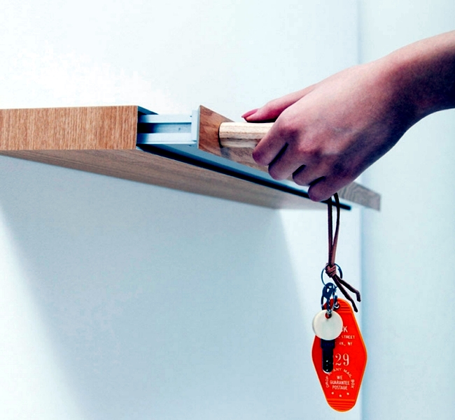 """Simple wall shelf with secret compartment - """"Clopen"""" Torafu of Architects"""