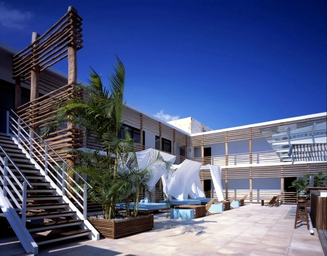 Captivating The Heart Of The Designer Hotel Deseo Is Probably The Pleasant Courtyard  With A Cool Pool And Comfortable Sofas. The Wooden Furniture And  Comfortable Beds ... Nice Look