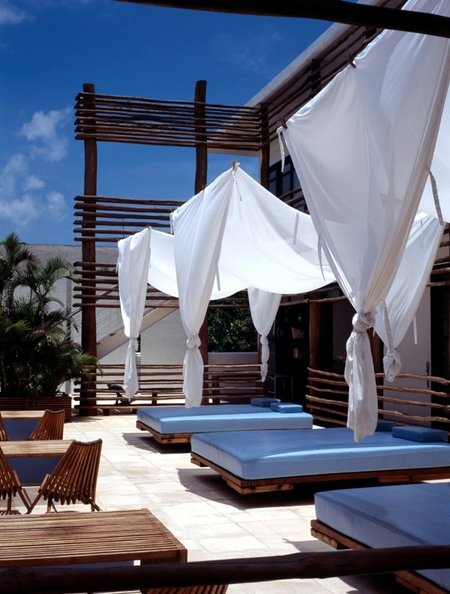 Small Designer Hotel Deseo in Mexico offers relaxation and fun