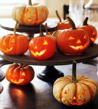 striking-finished-halloween-decoration-for-the-table-in-minutes-0-1749321618