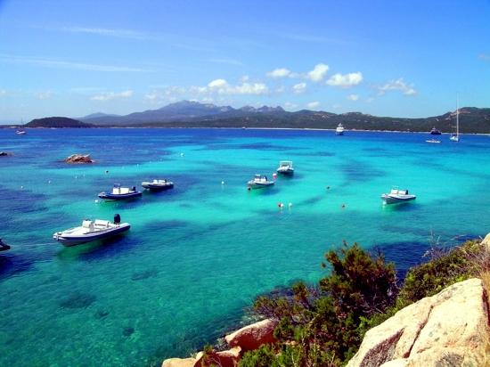 Summer destinations for beach holidays - Ideas from the James Bond films