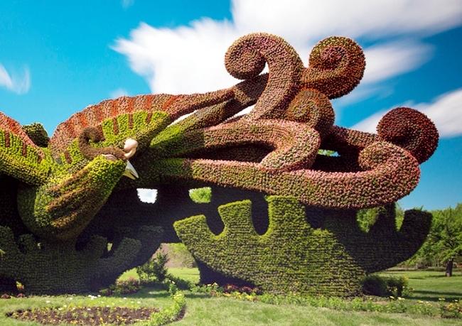 Sustainable Garden Art: Garden fascinating sculptures of plants