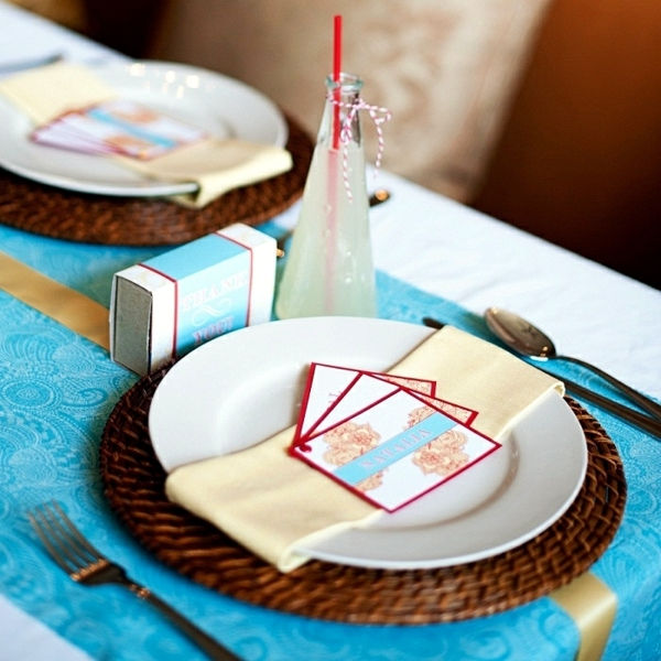 Table decoration to make your own - 100 cheap and stylish ideas