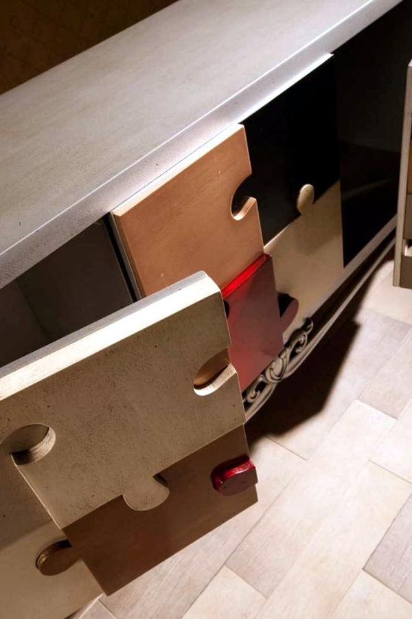 Tetris wooden desk in an extravagant design of Lola Glamour