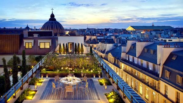"The 10 most expensive luxury hotels in the ""City of Love"" Paris"