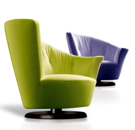 The designer Arabella swivel chair from Giorgetti Plush