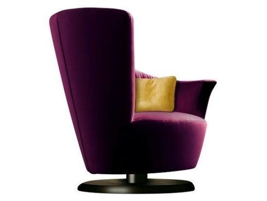 The designer Arabella swivel chair from Giorgetti Plush