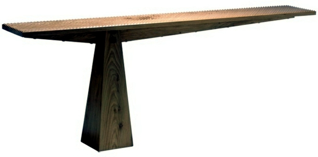 The extendable dining table with architectural look of Matthew Burt