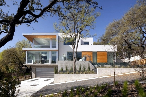 The meet-build house on a hillside special requirements of the hillside
