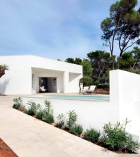 the-modern-architecture-and-the-ratio-of-inside-and-outside-0-1949179839