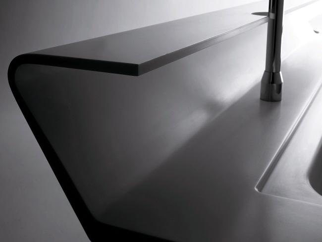 The modern kitchen design Ernestomeda Solaris by Pietro Arosio
