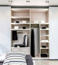 the-modern-wardrobe-with-sliding-doors-both-practical-and-stylish-0-698187938