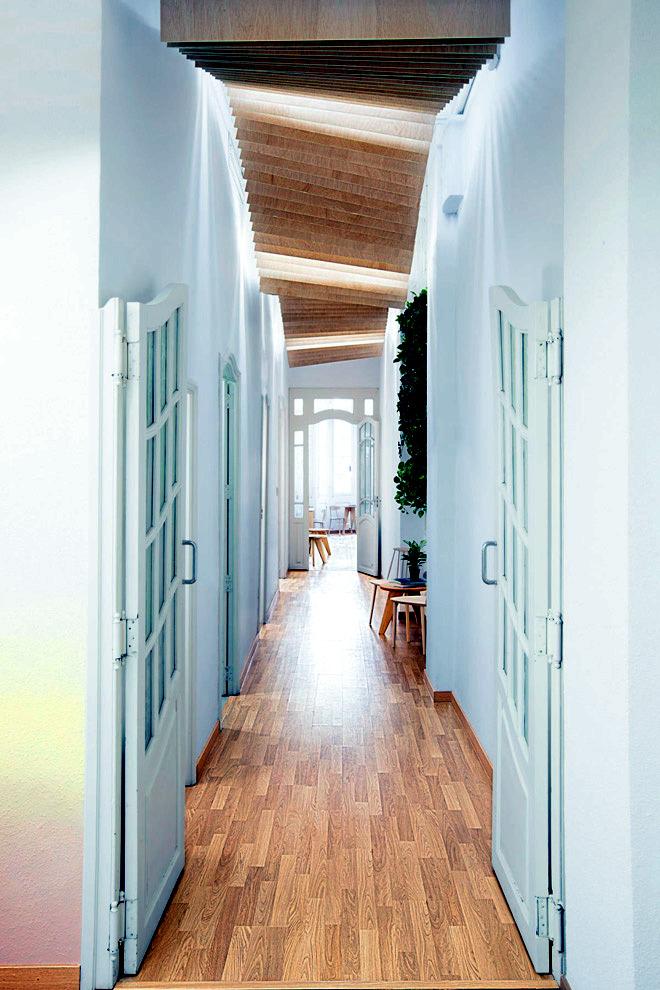 The pastel Deco school