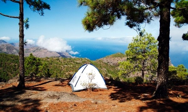advantages and disadvantages of camping holidays School of the air – advantages and disadvantages a big thank you to my  dynamic group of year 9 for their active contribution to this page.