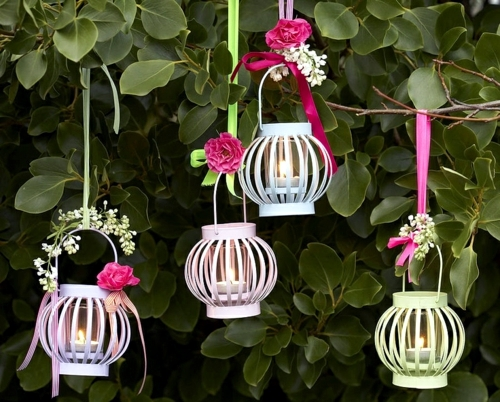 The playful charm of the lanterns in the garden 20 Craft Ideas