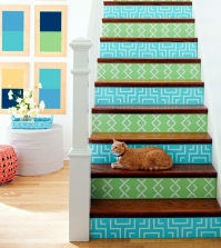 the-staircase-decorating-ideas-with-paint-leftover-wallpaper-and-wall-stickers-0-51806427