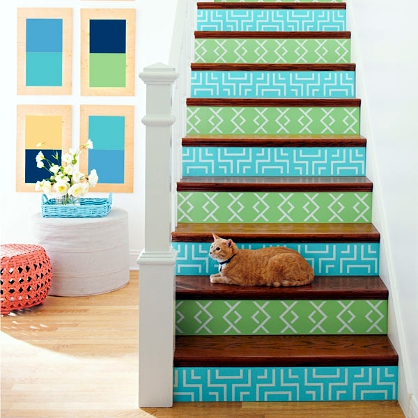 The staircase decorating ideas with paint leftover wallpaper and ...