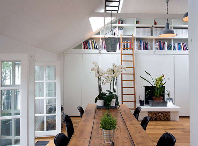 The transformation of a former garage loft
