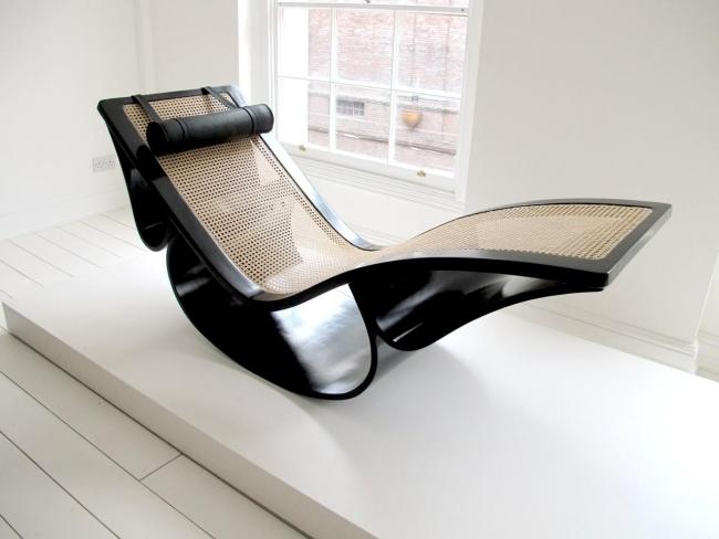 Timeless design deck chair rio by architect oscar for Chaise longue oscar niemeyer