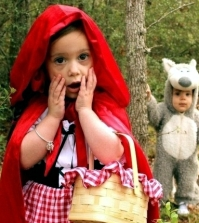 top-35-funniest-halloween-costumes-for-couples-children-and-animals-0-2042794660