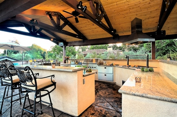Trendy Outdoor kitchen set up in the garden-ideas for outdoor use