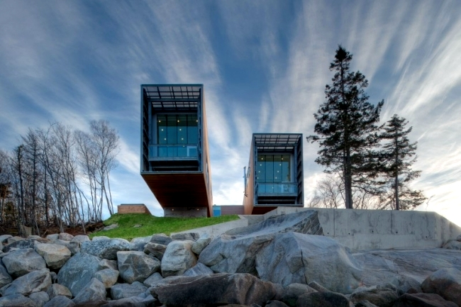 Two Hulls House Monolithic Architect S House On The