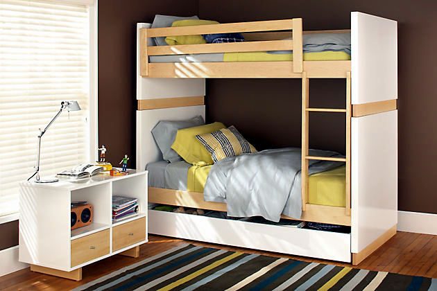 Up children for two children with compact bunk beds Interior