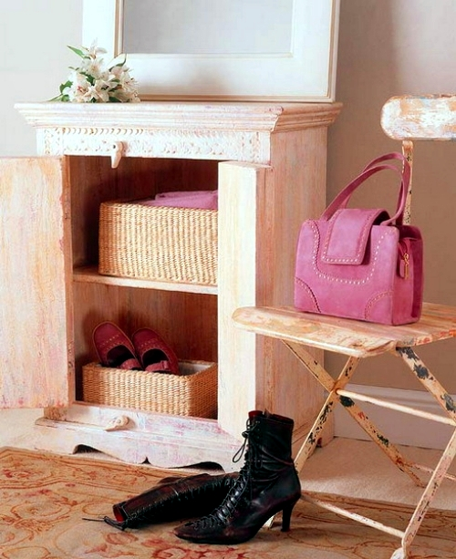 Use the wicker basket as a shelf - practical ideas for storage