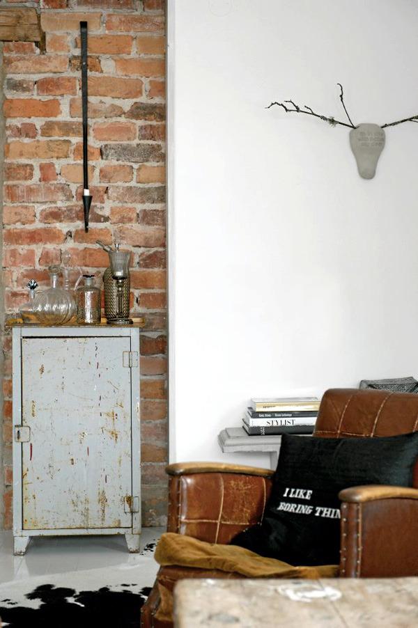 Vintage Industrial Duplex
