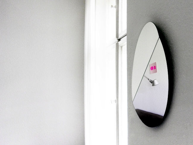 Wall mirror design allows multiple people simultaneously use