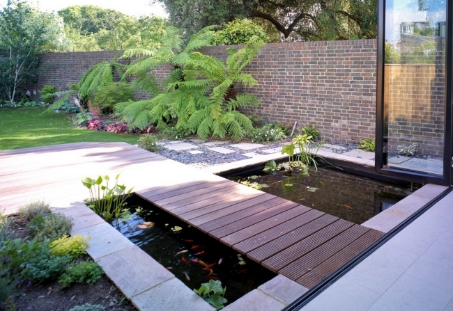 Water in the garden is a relaxed setting - ideas for Moat