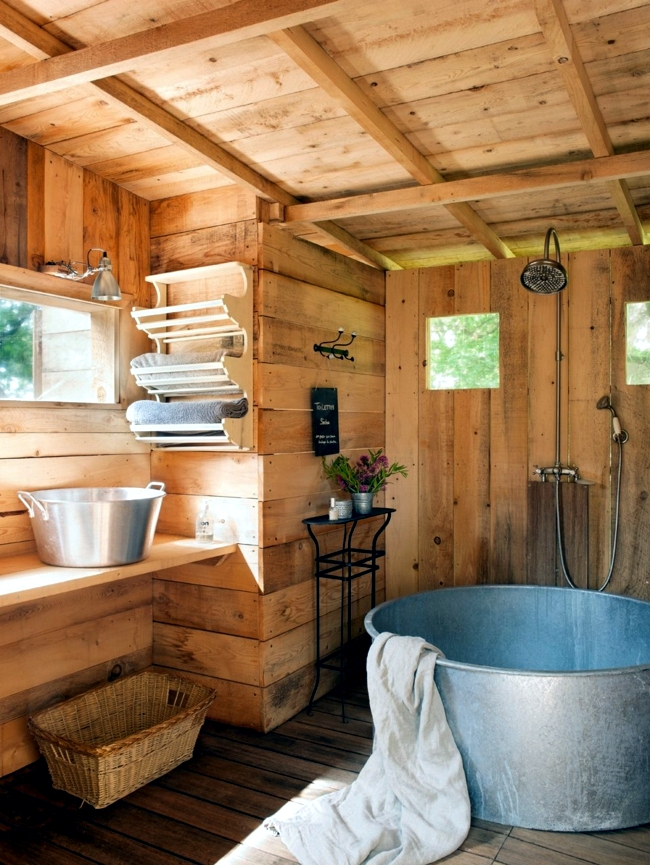 Wooden Bathroom Design Ideas For Rustic Bathroom Interior Design