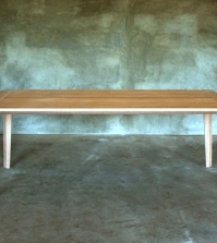 wooden-dining-table-charms-with-timeless-elegant-design-0-1235245339